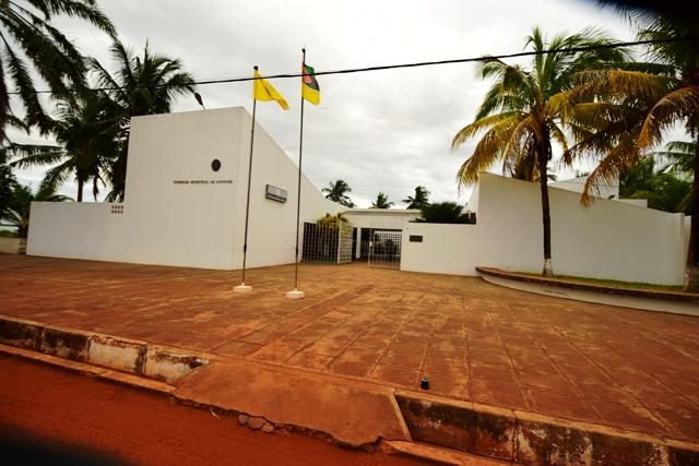 Antigo de edil Angoche, Americo Adamugi, faz sumir dinheiro das contas do municipio