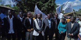 Membros do partido MAMO foram detidos porque estavam a recolher cartoes de eleitores em Nampula e Nacala-Porto
