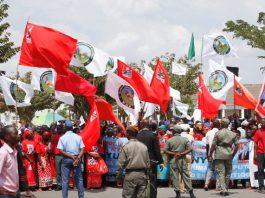 A Frelimo e o MDM assaltaram a praca dos herois em Nampula e fizeram caça ao voto