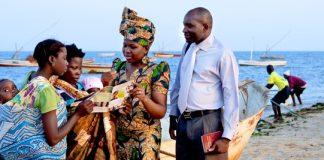 Crentes das testemunhas de Jeova proibem seus filhos em receber sangue no Hospital Central de Nampula