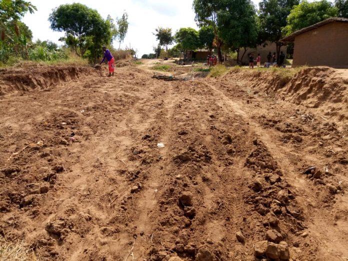 ruas estão destruidas em Nampula